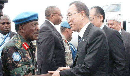Tanzania's Brig. Mwakibola, commander of  the UN's intervention force in DRC, with Secretary-Gen Ban Ki Moon in Goma earlier in 2013.